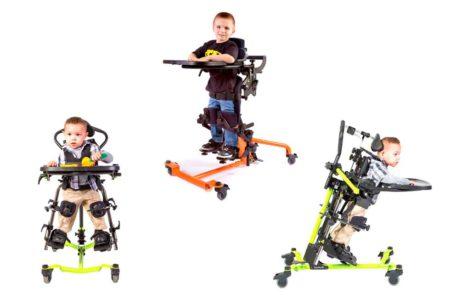 3 Kinder stehen
